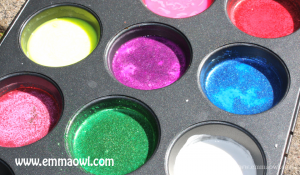 Glitter side walk chalk! Add some sparkle to your neighborhood with this DIY project!