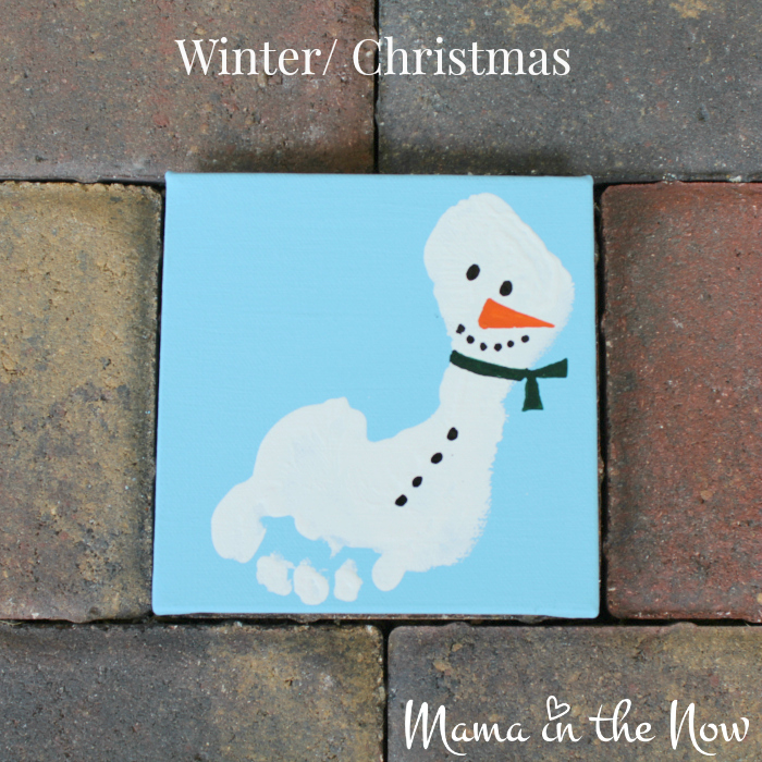 The snowman footprint a great gift idea for grandparents, teachers and parents alike. Easy craft idea for toddlers and babies, kids of all ages.