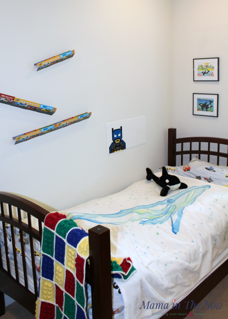 A fun and functional LEGO and whale themed kids bedroom. This room can easily be gender neutral or personalized with your kid's favorite color scheme. Great room for toddlers, preschoolers all the way through the tween and teen years. Fun LEGO STEM room.